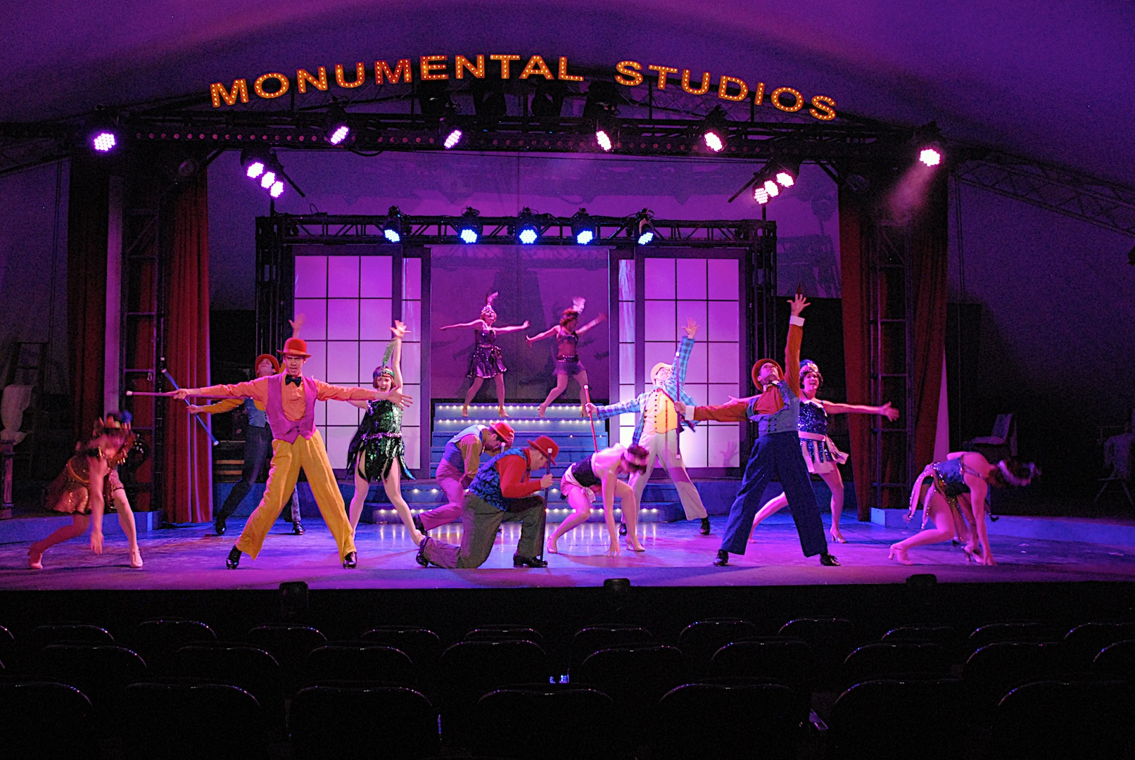 Review  Beatles tribute show   Rain   delightfully upsets     Singin in the Rain  The Production Company  Christie Whelan Browne  Rohan  Browne